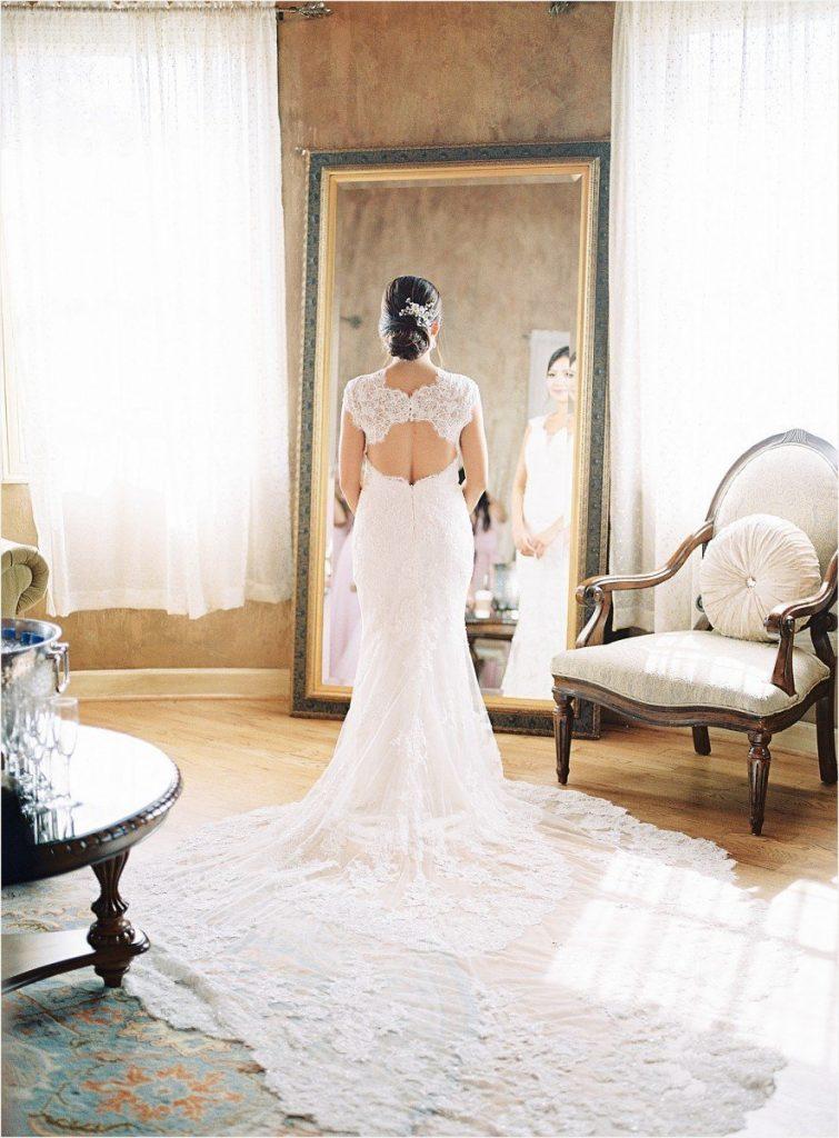 bride at Chateau Polonez wedding